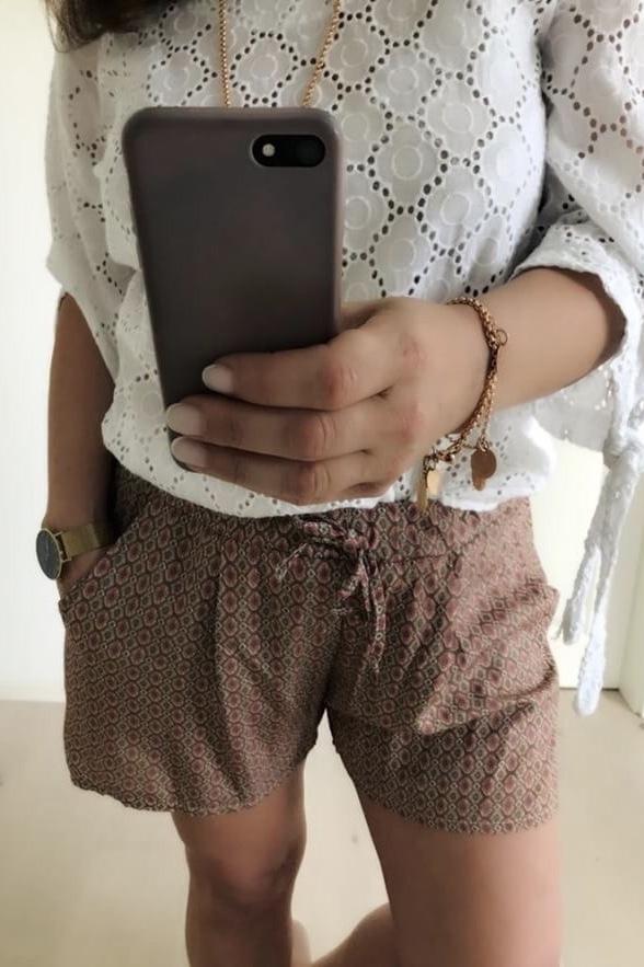 Website für Rabatt größter Rabatt Offizieller Lieferant Luftige lässig kurze Hose mit Gummizug in Rosa gemustert